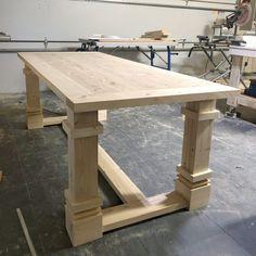 DIY Modern Farmhouse Dining Table for the Flip House - Shanty 2 Chic Farmhouse Table Plans, Farmhouse Furniture, Farmhouse Style Dining Table, Woodworking Furniture, Diy Furniture, Woodworking Plans, Woodworking Techniques, Woodworking Projects, Woodworking Organization