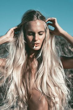 photography hair hippie smoke inspiration boho Smoking blonde bohemian long hair mermaid gypsy bleach blonde boho style hippie life gypset g...
