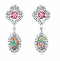 Joaillerie : la nouvelle malle aux trésors - Le Point Big Earrings, Gemstone Earrings, High Jewelry, Modern Jewelry, Saphir Rose, Topaz Jewelry, Gold Earrings Designs, Earring Trends, Jewellery Sketches