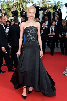 """Aymeline Valade (Dior dress) Photos: Closing Ceremony & """"A Fistful Of Dollars"""" Screening - The Annual Cannes Film Festival Dior Dress, Dress Up, Nice Dresses, Prom Dresses, Formal Dresses, Cannes Film Festival 2014, Dna Model, Red Carpet Gowns, French Models"""