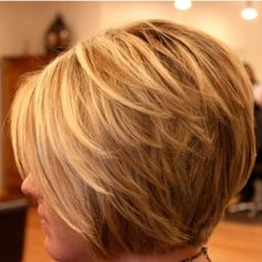 Love the layering on this bob cut!