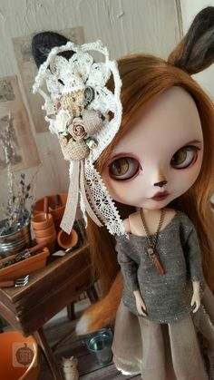 Juniper Fox custom by Tama Soto Her base is a Neo Blythe Prima Dolly Adorable Aubrey.