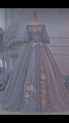 Pretty Prom Dresses, Cute Dresses, Vintage Dresses, Beautiful Dresses, Vintage Ball Gowns, Blue Wedding Dresses, Elegant Dresses, Mode Adidas, Old Fashion Dresses