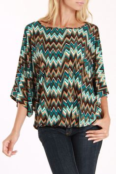 Zig Zag Top In Turquoise Multicolor.