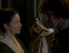 "Jenny Murray (Laura Donelly), Claire Fraser (Caitriona Balfe) and Jamie Fraser (Sam Heughan) in Episode 208 ""The Fox's Lair"" of Outlander Season Two on Starz"