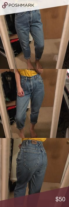 Vintage Lee highwaisted mom jeans Vintage Lee mom/boyfriend jeans. Super good quality jeans, you can create some distress to make more definitions for this baby if you'd like to. It is highwaisted ! Super chic and cute! Its 27/28 inches waist.  Pacsun Brandy Melville zara urban outfitters unif obey free people forever21 gap guess levis denim vintage nike adidas obey supreme Lee Jeans Boyfriend