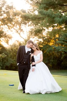 Wedding Photos by Saint Louis Wedding Photographer, Ashley Fisher Photography, Midwest Destination Wedding, Bride and Groom Sunset Portrait at Evansville Country Club in Evansville, IN #weddingphotography