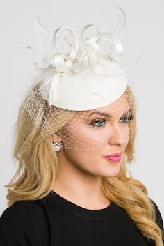 Pearl White Fascinator  Juliet Pearl White Round by PippaAndPearl