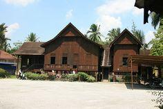Rumah kutai Pasir Salak