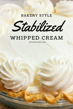 cream frosting Looking to make whipped icings like the bakery that dont turn into a melty mess on your beautiful cake? Stabilized Whipped Cream is your answer! Stabilized Whipped Cream Frosting, Whipped Cream Cakes, Chocolate Whipped Cream, Homemade Whipped Cream, Whip Cream Frosting, Making Whipped Cream, Best Whipped Cream Frosting Recipe, Cream For Cake, Whipped Cream Recipes