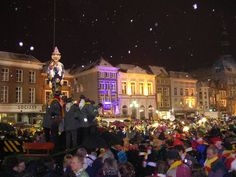 During 'carnaval', Den Bosch is called Oeteldonk. What you see is the burial of the Knillis, the end of carnival and a very emotional moment for lots of people, as you can see.