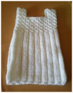 Imagen relacionada Baby Knitting Patterns, Crochet Patterns, Long Vests, Baby Booties, Free Crochet, Free Pattern, Pullover, How To Wear, Fashion
