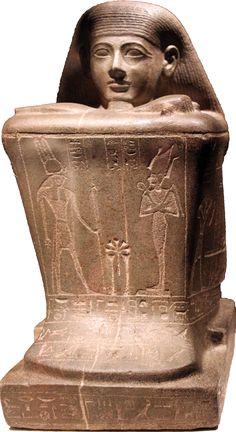 Block statue of Hor, priest of the god Amun in the temple of Karnak - XXIII dynasty (Ägyptisches Museum, Berlin)