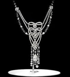 De Beers diamond necklace.  Wow, just wow!