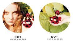 Marc Jacobs Dot е цветно-плодов аромат, заобиколен с екзотични нотки на кокос, увити в мека прегръдка на ванилия. Изненадващ и искрящ, енергичен и жив парфюмът, създаден от Annie Buzantian и Ann Gottlieb е очарователен, с оптимистичен дух и чаровна изтънченост. С изключителен баланс между модерност и елегантност, Dot е олицетворение за женственост и колорит. Лансиран през 2012 година. https://fragrances.bg/marc-jacobs-dot-edp-100ml-for-women-without-package