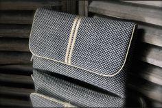 "Pochette main byzoon - collection mō - motif ""shibori noir"" - tissu japonais : Sacs à main par byzoon"