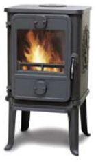 I've been researching efficient, small wood stoves that could replace the rocket stove in my house. Most home wood stove manufacturers' smallest models heat square feet at a minimum, which… Small Wood Burning Stove, Tiny Wood Stove, Small Stove, Small House Furniture, Small Room Design, Wood Burner, Tiny Spaces, Tiny House Living, Living Room