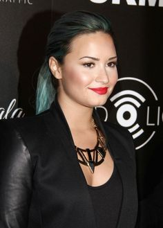 @Demi Lovato  can you follow me please? I love you so much, and you are my inspiration, and i will really love to talk with you, thanks, and sorry if i bother -Analisa xx