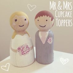 Mini cake toppers for cupcakes