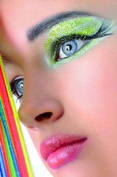 kleurrijke ogen neon on Pinterest #1: d8a4dfb acd e e