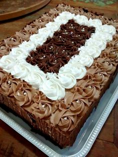Cake Decorating For Beginners, Cake Decorating Tips, Birthday Cake Decorating, Cool Birthday Cakes, Torta Recipe, Bon Dessert, Cake Shapes, Square Cakes, Bakery Cakes