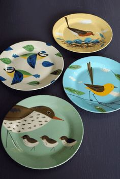 Set of 4 Beautiful Bird Porcelain Plates with Gift Box