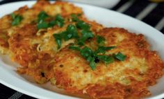 Bramborové placky bez mouky recept | iRecept.cz Czech Recipes, Ethnic Recipes, Mashed Potatoes, Macaroni And Cheese, Cauliflower, Food And Drink, Chicken, Vegetables, Cooking