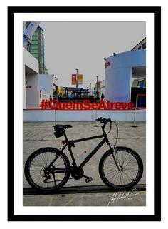 Minha bike em lugares por onde passei no Rio de Janeiro.  #minhabike #fotobike #photobike #andrevieira #caloi #decoração #quadro #QuemSeAtreve