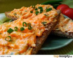 pomazánka z dýně a paprik Czech Recipes, Ethnic Recipes, Meatloaf, Salmon Burgers, Lasagna, Quiche, Sandwiches, Food And Drink, Appetizers