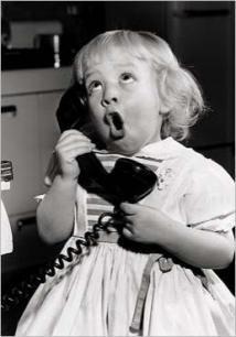 """""""Nooo me digaaa..."""" / Niña al telefono"""