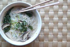bigBANG studio: Tom Kha Gai (Thai Chicken-Coconut Soup)