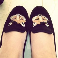 How adorable are these fox loafers? They are sporting a Tory Burch bow too! Check out more great products on free local shopping app Snapette - www.snapette.com/app