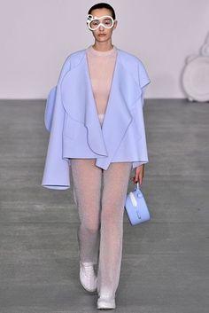 Xiao Li Autumn/Winter 2016 Ready-To-Wear Collection | British Vogue