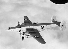 Avro Shackleton MR2 Avro Shackleton, South African Air Force, Post War Era, Old Planes, Flying Boat, Royal Air Force, Historical Pictures, Royal Navy, Military Aircraft