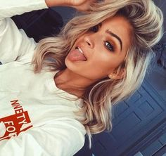 You're my addiction💋👅 Messy Hairstyles, Pretty Hairstyles, Hair Inspo, Hair Inspiration, Natural Hair Styles, Short Hair Styles, Hair Color And Cut, Bad Hair, Hair Dos