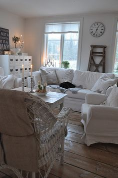 'French grey- Stunning. I would add a few soft blue accents and voila! Comfy, soft, relaxing space!