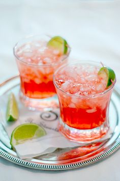 A Scarlett O'Hara cocktail containing Southern Comfort, cranberry juice, and lime juice.