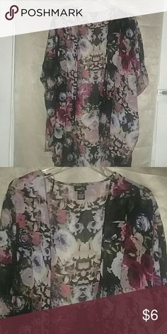 RUE 21 Sheer Coverup Top Pretty 100% polyester Rue 21 Tops