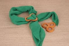 Hey, I found this really awesome Etsy listing at https://www.etsy.com/au/listing/165741567/clover-shape-brooch-wood-brooch-wood
