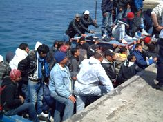 Lampedusa, march 2011, landing of tunisian refugees.