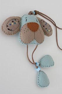 Book Crafts, Felt Crafts, Animal Head Decor, Bobble Crochet, Felt Bookmark, Baby Cardigan Knitting Pattern, Felt Pictures, Felt Christmas Ornaments, Felt Brooch