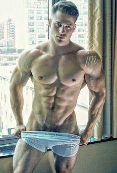 Sexy nude hunks