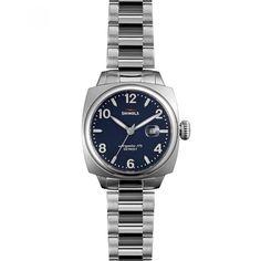 3e17f2d8eac Reloj Shinola con caja bisel y extensible tipo brazalete en acero  inoxidable color plata carátula a