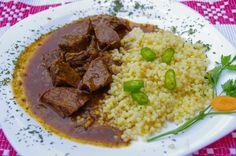 Gulaș de vită cu cus-cus, la restaurantul unguresc Alex din Sinaia (str Theodor Aman) - recomand localul