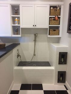 I want to have a dog bath in my laundry room. You know, if I ever have a dog or a big laundry room Animal Room, Laundry Room Storage, Laundry Room Design, Laundry Rooms, Dog Storage, Dog Room Design, Laundry Area, Küchen Design, House Design
