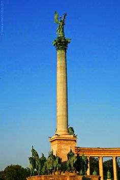 Capital Of Hungary, European Countries, Plaza, Homeland, Fashion History, Monuments, Beautiful Things, Travelling, Places To Visit