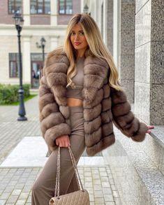 Fur Fashion, Winter Fashion, Womens Fashion, Sable Fur Coat, Sexy Women, Women Wear, Fabulous Furs, Swagg, Sexy Outfits