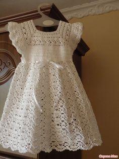 Платье крючком для маленького ангела
