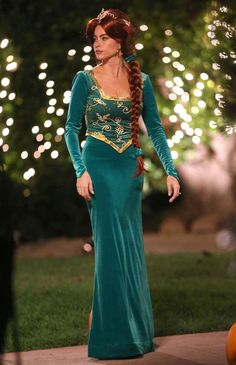 And Gloria is Princess Fiona from Shrek.  sc 1 st  Pinterest & Fiona- Shrek photo by David Ngo | Something to dress-up | Pinterest ...