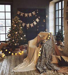 Christmas Mood, Family Christmas, Christmas And New Year, Winter Home Decor, Winter House, Christmas Settings, Christmas Decorations, Winter Family Photos, Home Studio Photography
